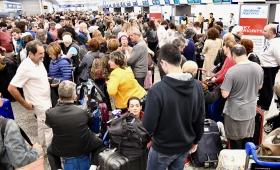 Más de 155 vuelos de Aerolíneas cancelados y 18 mil pasajeros varados