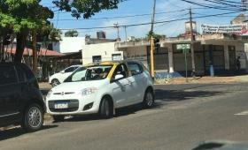 La tarifa de taxis subiría a 30 pesos