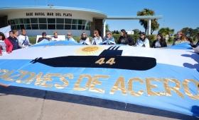 ARA San Juan: familiares esperan objetos de tripulantes