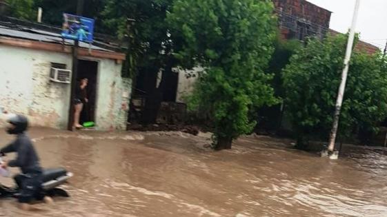 Fuerte temporal causó inundaciones en Corrientes