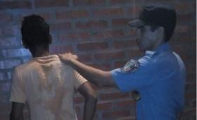 Violento terminó detenido por agredir a su pareja