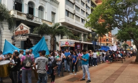 Barrios de Pie salió a las calles este viernes