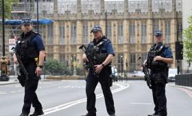 Argentina pide a Londres que retire alerta por atentados