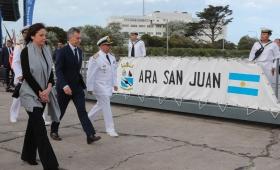 Macri promete no dejar la búsqueda del ARA San Juan
