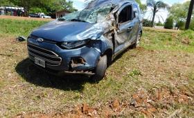 Una mujer falleció tras ser embestida por vehículo que despistó