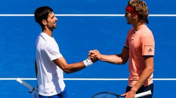 Djokovic superó sin problemas a Zverev