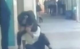 Cuando el bullying llega al extremo: video de una pelea dentro de la escuela