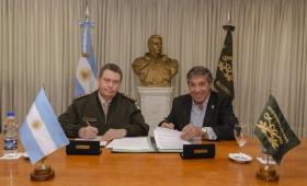 Parques Nacionales y Gendarmería firman colaboración