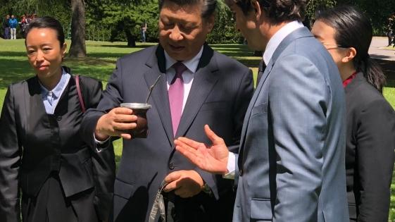 El presidente de China descubre el mate argentino