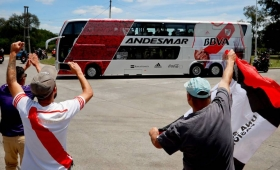 River arribó a Madrid y espera la primera práctica