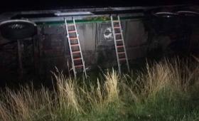 Al menos 30 heridos al volcar un colectivo en Castelli