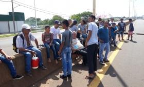 Vecinos de Garupá cortaron ruta 12 por falta de agua