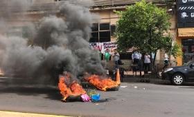 Piquete frente al Ministerio de Acción Cooperativa
