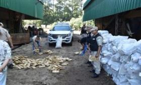 Quemaron más de cinco toneladas de marihuana
