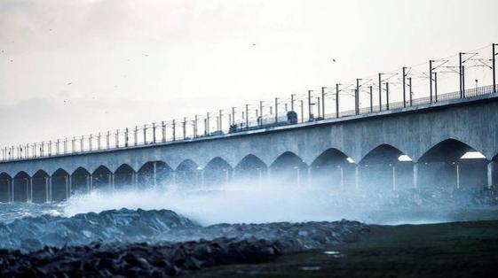 Al menos seis muertos en un accidente ferroviario en Dinamarca