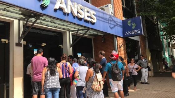 Por el paro del 30 de abril, Anses adelanta pagos
