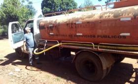 Agua: el municipio tiene dos camiones y uno se rompió