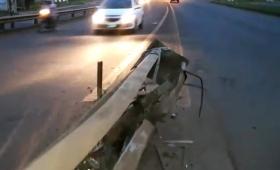 ¿A quién le corresponde el mantenimiento de la Avenida Llamosas?