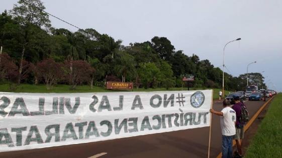 Vecinos de Iguazú protestaron contra las villas turísticas