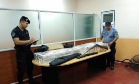 25 de Mayo: incautaron cigarrillos, secuestraron armas y detuvieron a una persona