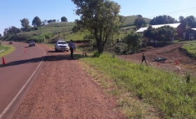Hallaron muerto a motociclista que despistó en ruta 2