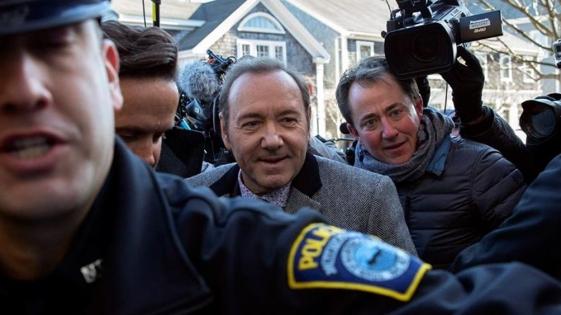 Kevin Spacey ausente en una audiencia preliminar del juicio