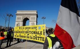 Los «chalecos amarillos» inician en París protesta número 16