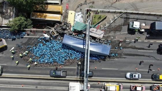 Dos heridos en Buenos Aires por un choque entre camiones