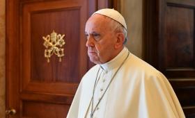 """Francisco criticó al """"dios dinero"""" por crear """"sociedades inhumanas e injustas"""""""