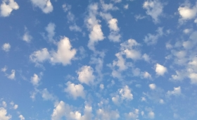 Tiempo: lunes con clima templado y húmedo