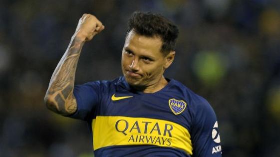 Tevez no viaja a Colombia y Zárate será titular