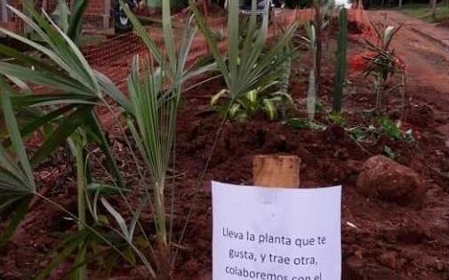 Fotonoticia: irónica propuesta de vecinos del barrio 10 de Junio