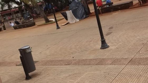 Plaza 9 de Julio: okupas levantaron la medida