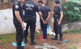 Robó placas de las tumbas del cementerio; fue detenido