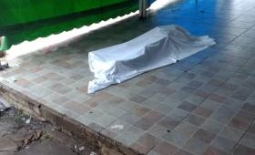 Hallaron muerto a un hombre cerca de La Placita