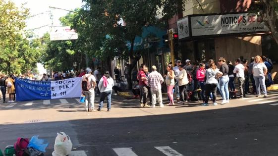Barrios de Pie mantiene el corte en Bolívar y Buenos Aires