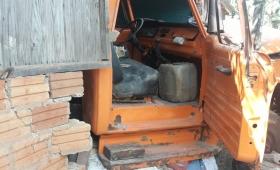 Camión sin frenos se incrustó en una casa