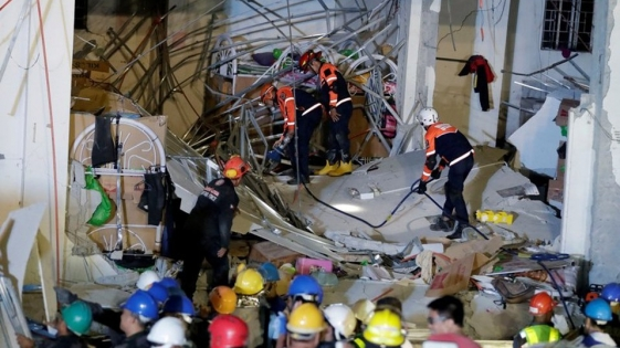 Ascienden a 16 los muertos por el terremoto de 6,1 en Filipinas