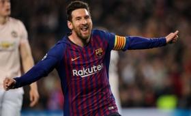 Messi guió al Barcelona a semis y Ajax dio el golpe ante Juventus