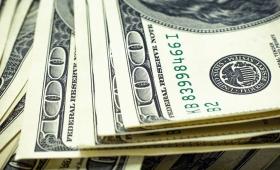 El dólar bajó 2,78% y cerró a $45,596