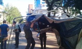Guardaparques fueron convocados por el Gobierno y levantaron el acampe