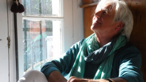 Sergio Denis sigue internado en una clínica de rehabilitación