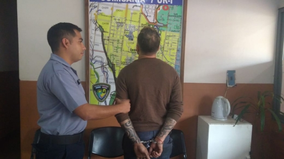 Violento detenido por agredir y amenazar a su familia