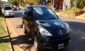 Chocaron dos autos en avenida López y Planes