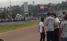 Organizaciones sociales cortaron la ruta 12 frente al Vital