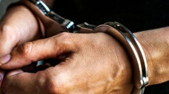 Asesinan a puñaladas a una niña en Chubut y detienen a su padre