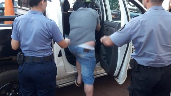 Detuvieron a un hombre acusado de amenazar y agredir a sus padres
