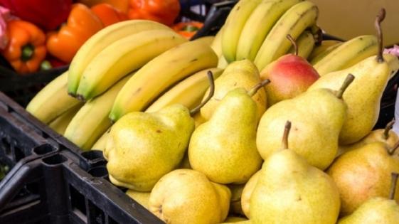 Naranja y pera, las frutas con más brecha entre precios del productor y la góndola