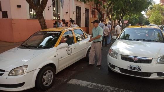 Taxistas reclaman al HCD, un incremento del 20%