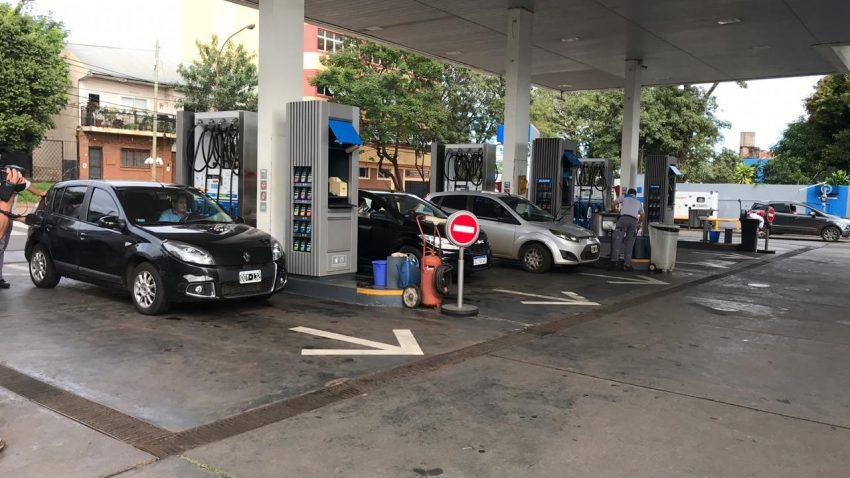Congelan precios de combustibles por tres meses
